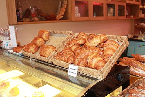 cafe de paris croissant