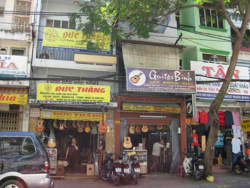 guitar binh vietnam