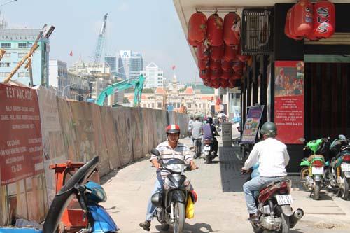 Nguyen Hue trotoirs